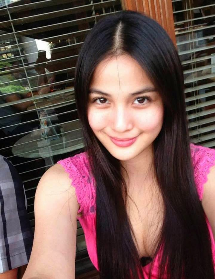 Filipinas Beauty: Filipina in Their Sexy Cleavage
